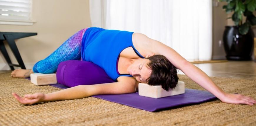 Restorative Yoga 05.04.2019